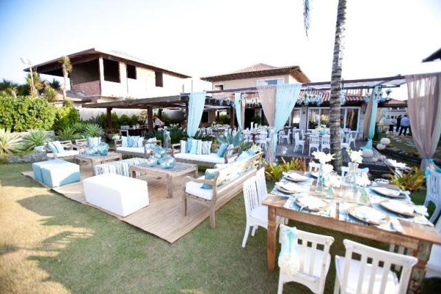 Local da festa - lounge e mesas -